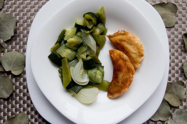 croquellanas-cordero-trufado-plato-verduras