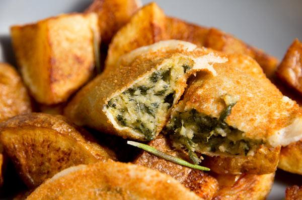 croquellanas-espinacas-queso-abierta-interior